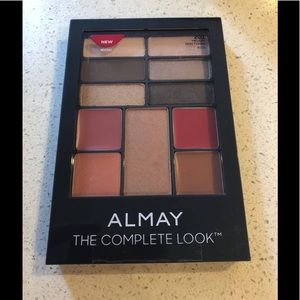 New Almay The Complete Look Palette 200 Sealed
